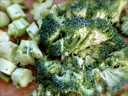 Coarsely chopped broccoli