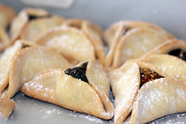 Couldn't resist posting this photo of Hamantashen, taken with the new camera