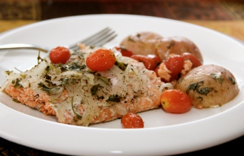 Simple Baked Salmon Dinner