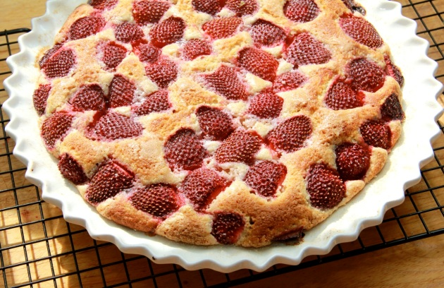 Making Strawberry Cake -- ready to eat!