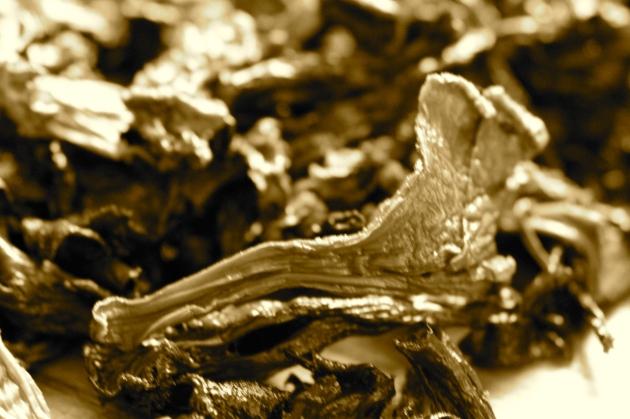 Dry Mushrooms & Leek Soup With Farro