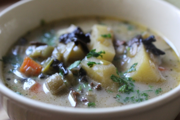 Dry Mushrooms & Leek Soup With Farro