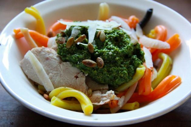 http://eatalready.com/2013/10/24/spinach-pumpkin-seed-pesto-chicken-pasta-bowl/