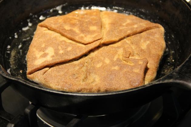 Frying plăcintă pie